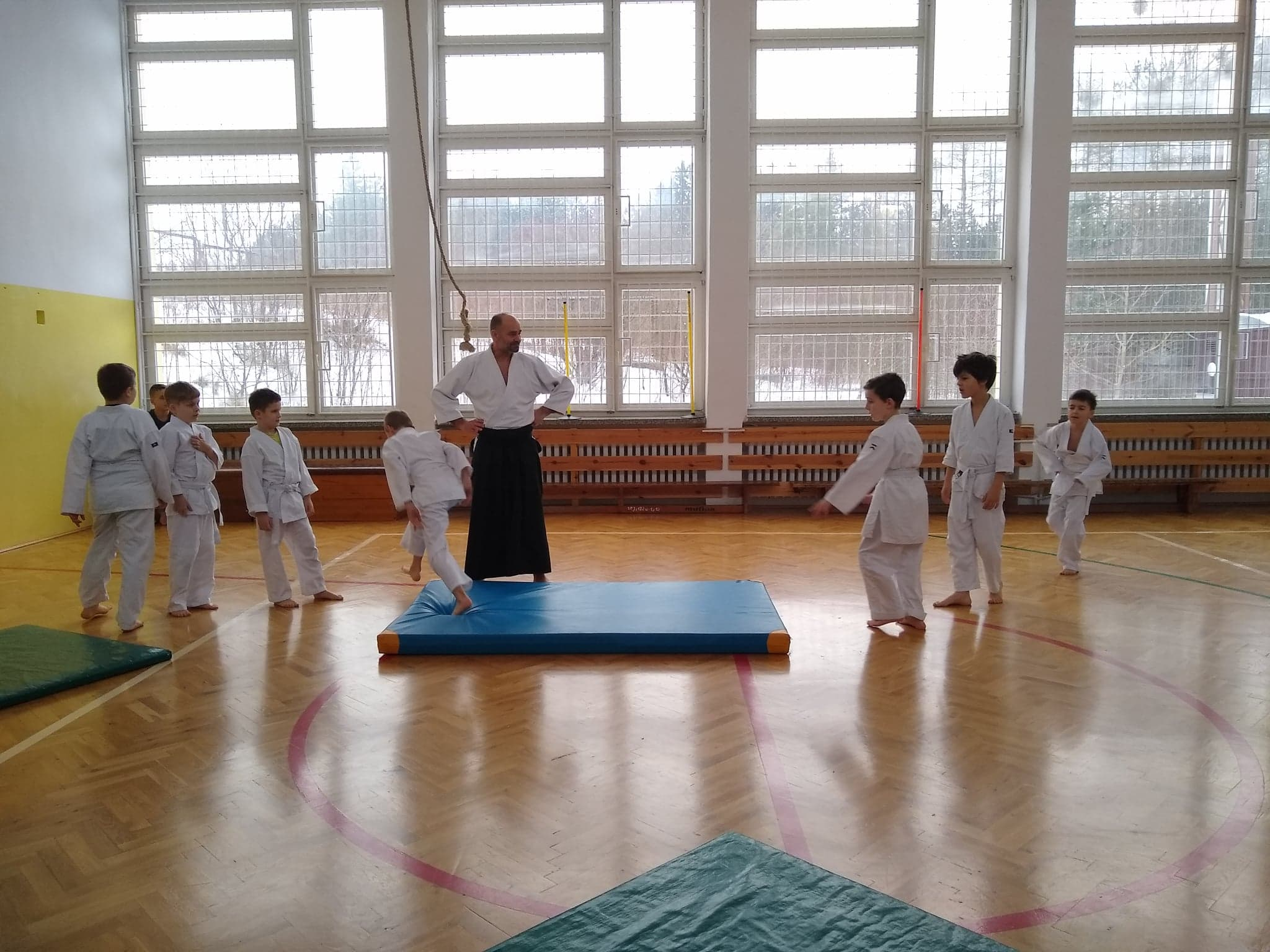 Dzieci z Akademii Super Aikido na Zimowej Etiudzie Aikido Janowic 2019 (1)