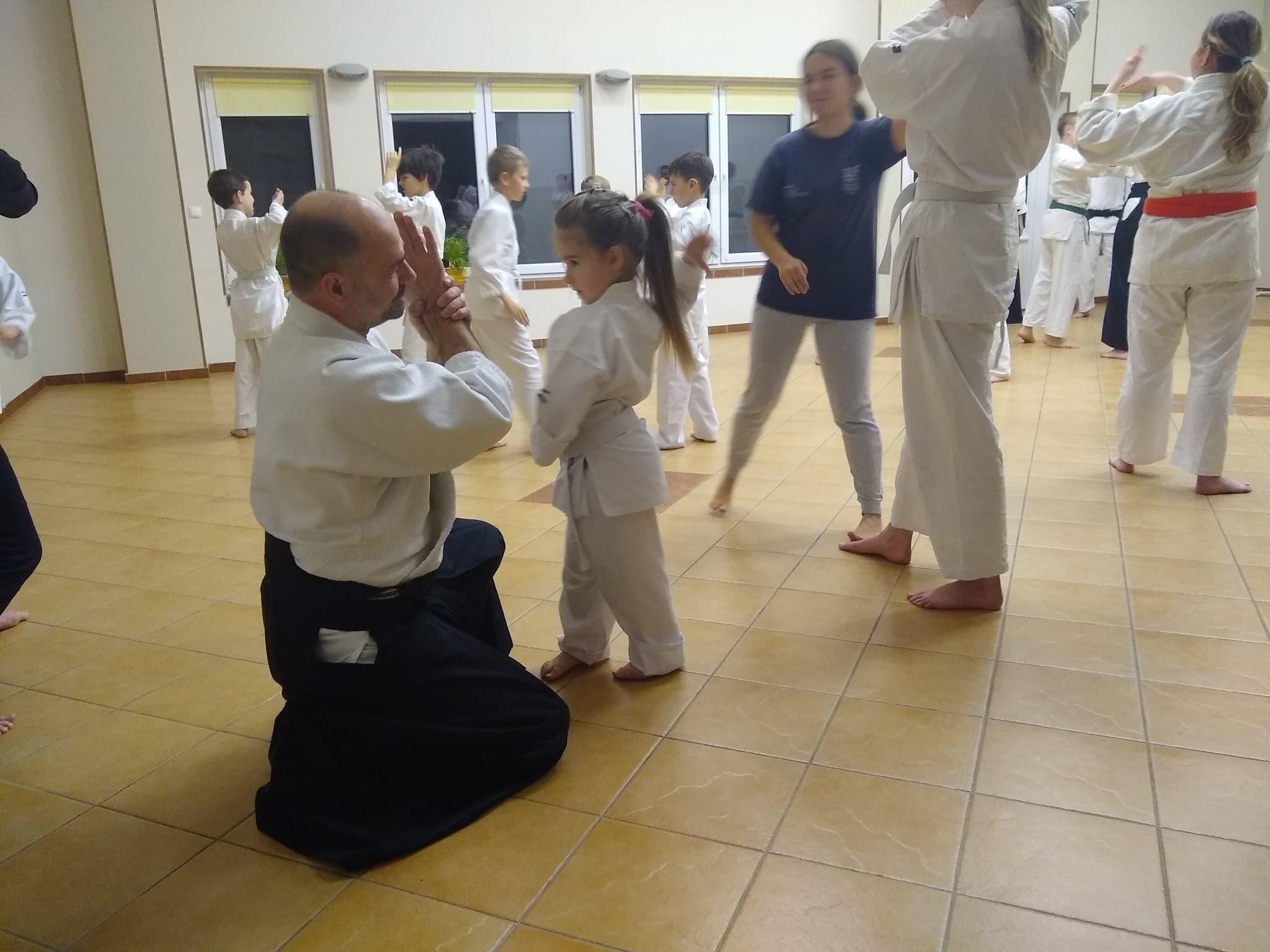 Dzieci z Akademii Super Aikido na Zimowej Etiudzie Aikido Janowic 2019 (2)